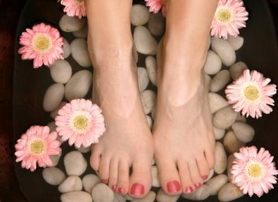 Natural Ways to Get that Silky Soft Feet — HealthDigezt.com
