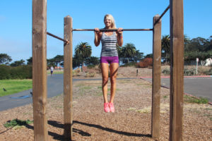 6 Outdoor Strength Training Exercises That Won't Require Equipment